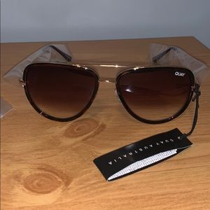 Quay mini sunglasses!